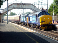 37425+37423 and 37409 DIT at Carluke