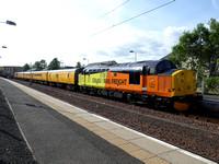 37521 tnt 37421 at Lanark
