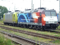 Electric Locos 185002 and an unidentified 185 at Krefeld
