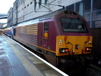 67016 +91125 at Edinburgh Waverley