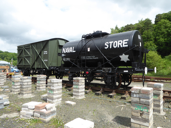 Wagon 47930 and NS161 at Lathalmond