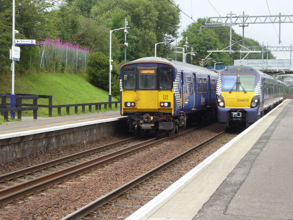 318253+318252 and 334010 at Greenfaulds