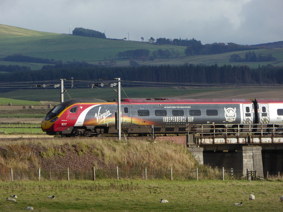 390107 at Float Viaduct