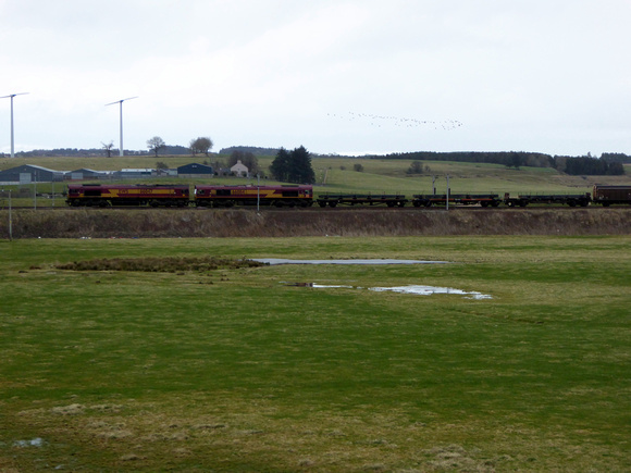 66047+66084 at Carstairs