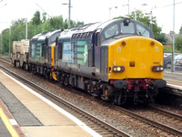 37609+37409 at Uddingston