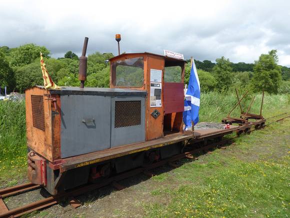 Narrow Gauge Loco at Lathalmond