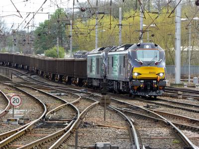 88002+68025 at Carlisle